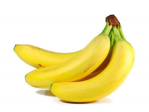 mangiare-banane-622x466