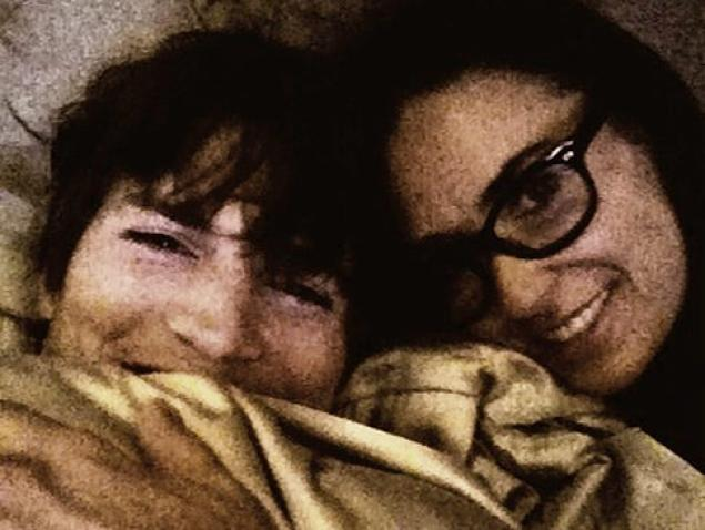 Ashton Kutcher, Demy Moore,Mila Kunis -01