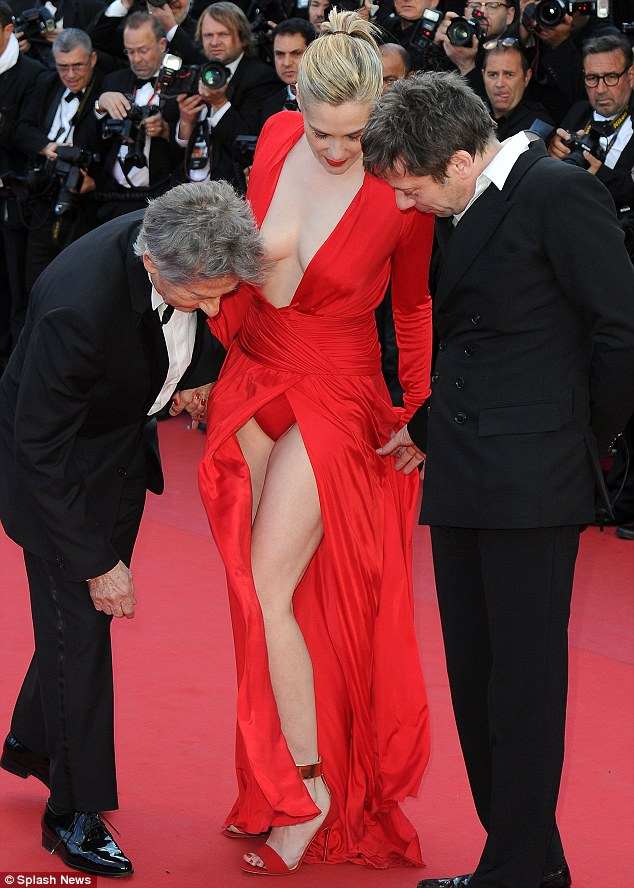 Emmanuelle-Seigner-festival-di-Cannes-Roman-Polanski