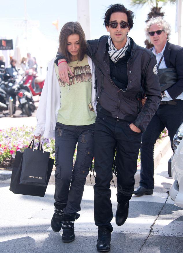 Adrien Brody e Lara Li... Adrien Brody Instagram