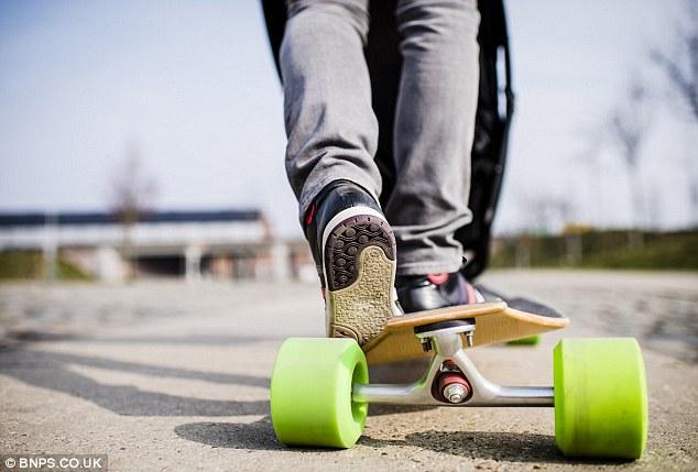skateboard-passeggino-01