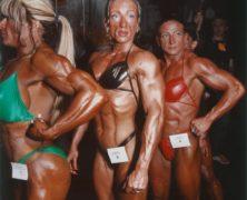 Con ragazze così meglio non litigare: guarda gli incredibili corpi delle culturiste, immortalati da Brian Finke