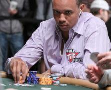 """Phil Ivey, il Tiger Woods del poker è accusato di truffa per aver """"letto"""" il dorso delle carte"""