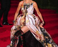 Gioco d'azzardo: guarda i 4 look più orridi esibiti al Met Ball 2013 a New York