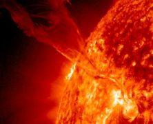 Un filamento solare a forma di coda di drago: guarda la straordiaria foto